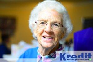 Kredit für Rentner trotz negativer Schufa